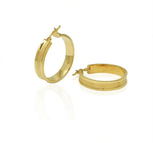 עגילי חישוק זהב 3 סמ  עבים מלאים נכוחות עם חיתוך לייזר לאישה