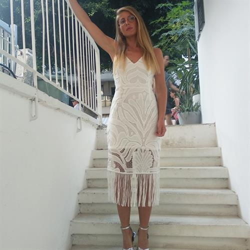 שמלת נובו לבנה