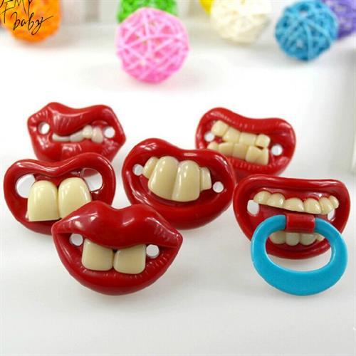 מוצץ עם שיניים