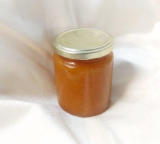 """ריבת משמש ביתית מחומרים טבעיים צנצנת 275 מ""""ל"""