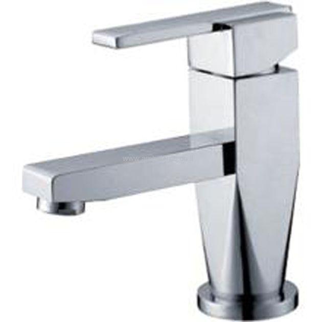 ברז לאמבטיה מספר 6