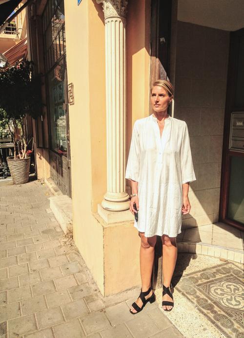 שמלת JULLY לבנה
