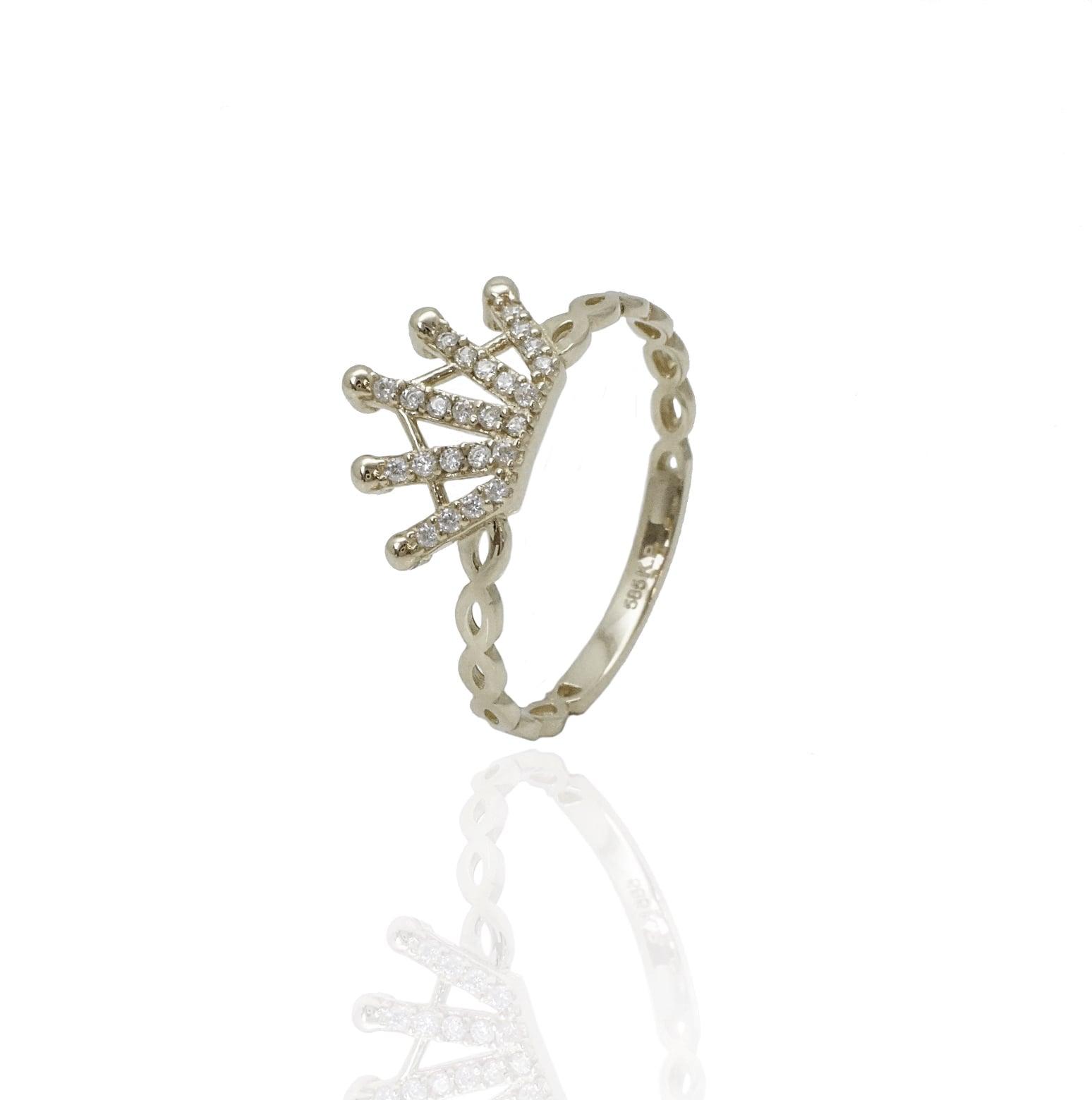 טבעת כתר זהב וזרקונים לאשה