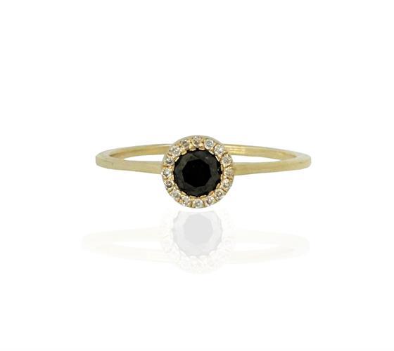 טבעת יהלומים שחור לבן 0.47 קראט בזהב 14 קרט