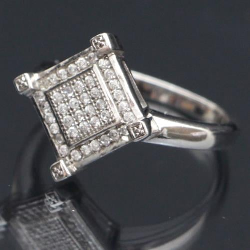 טבעת כסף משובצת זרקונים RG7409