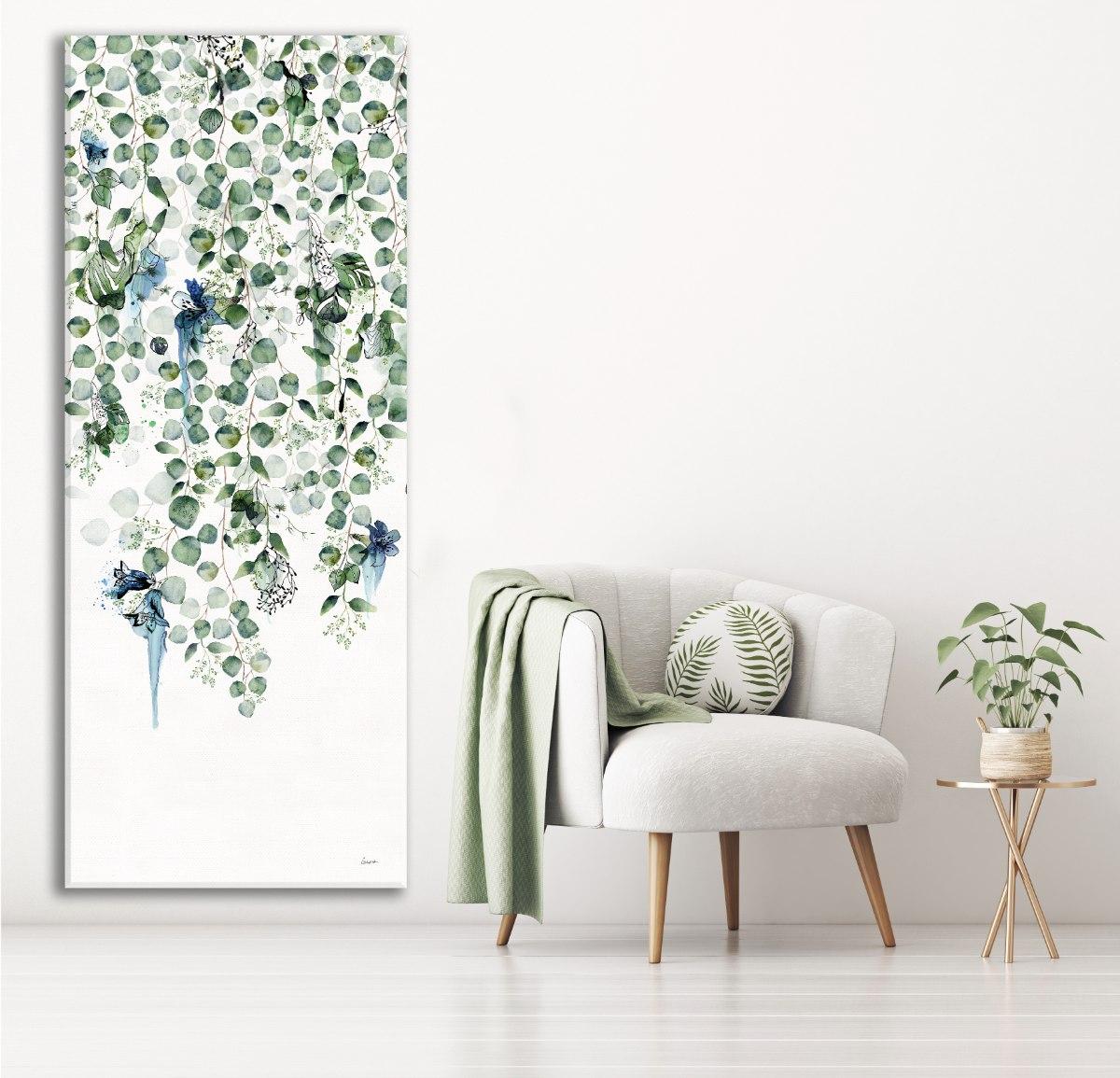 תמונה של עלים ירוקים נופלים