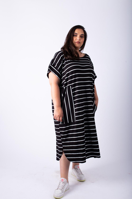 שמלת אן פסים שחור לבן