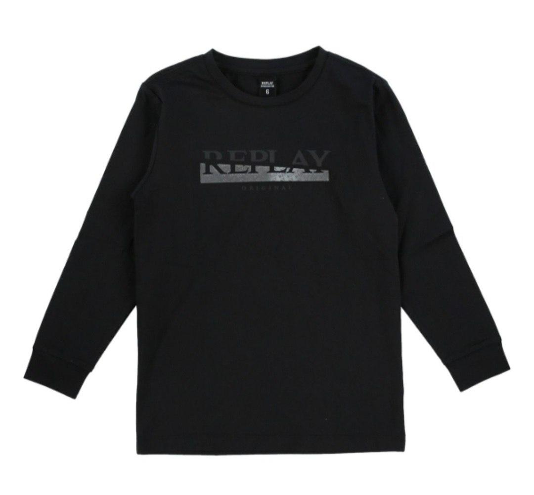 חולצת טישרט שחורה כיתוב REPLAY
