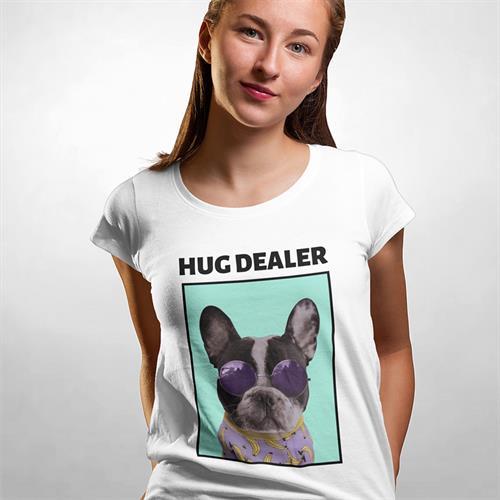 חולצת טי - Hug Dealer