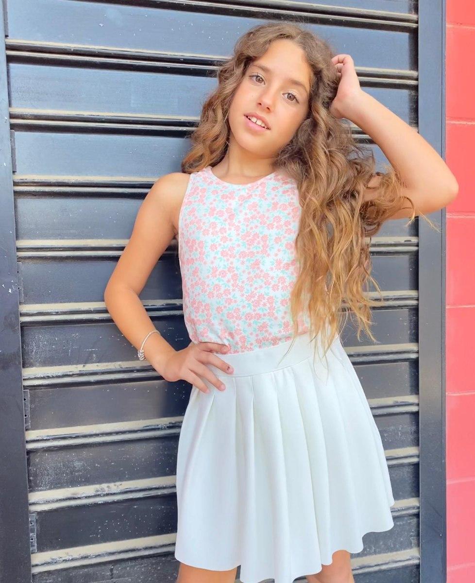 חצאית מיני קפלונים לבנה