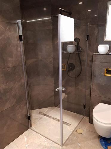 מקלחון פינת רומא