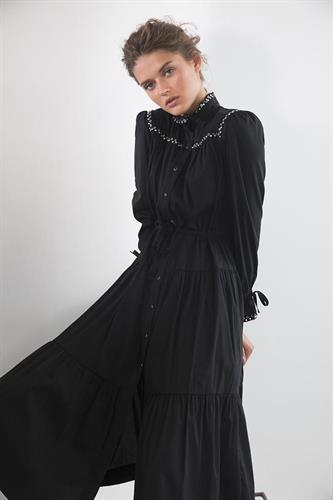 שמלת שרלוט / SABINA