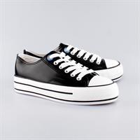 נעלי סניקרס לנשים - פיזה