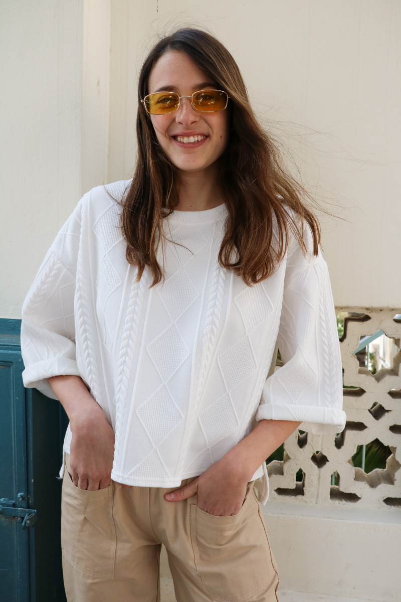 חולצה טקסטורה גיאומטרית