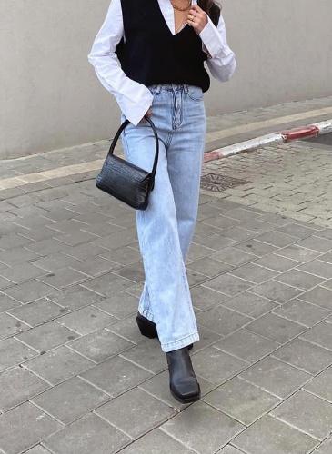 ג'ינס MOM STRAIGHT כחול בהיר
