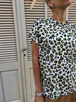 חולצת NAM - מנומר לבן ירוק