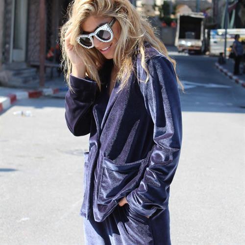 חליפת ברנדה כחולה