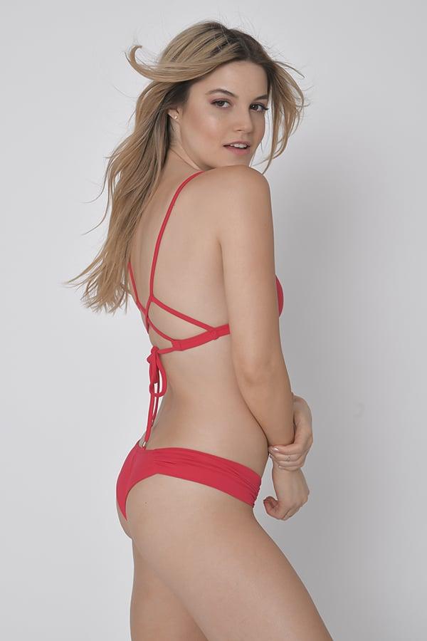 בגד ים ביקיני ברזילאי אדום -  טופ איקס / תחתון בגד ים מניפה