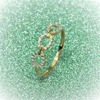 טבעת חישוקי זהב משובצים יהלומים