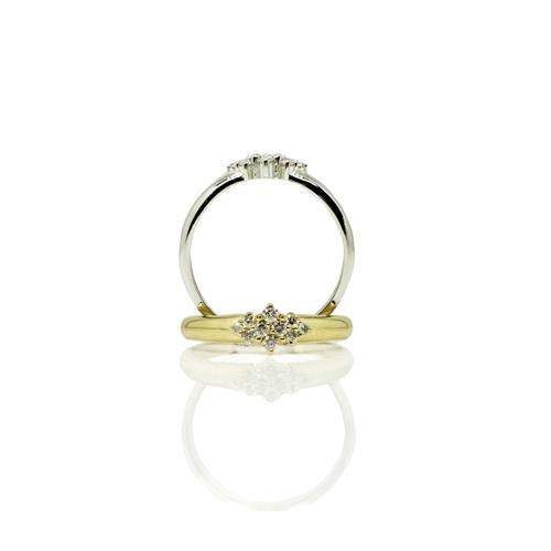 טבעת זהב מעוצבת משובצת יהלומים 0.16 קראט בזהב 14 קראט
