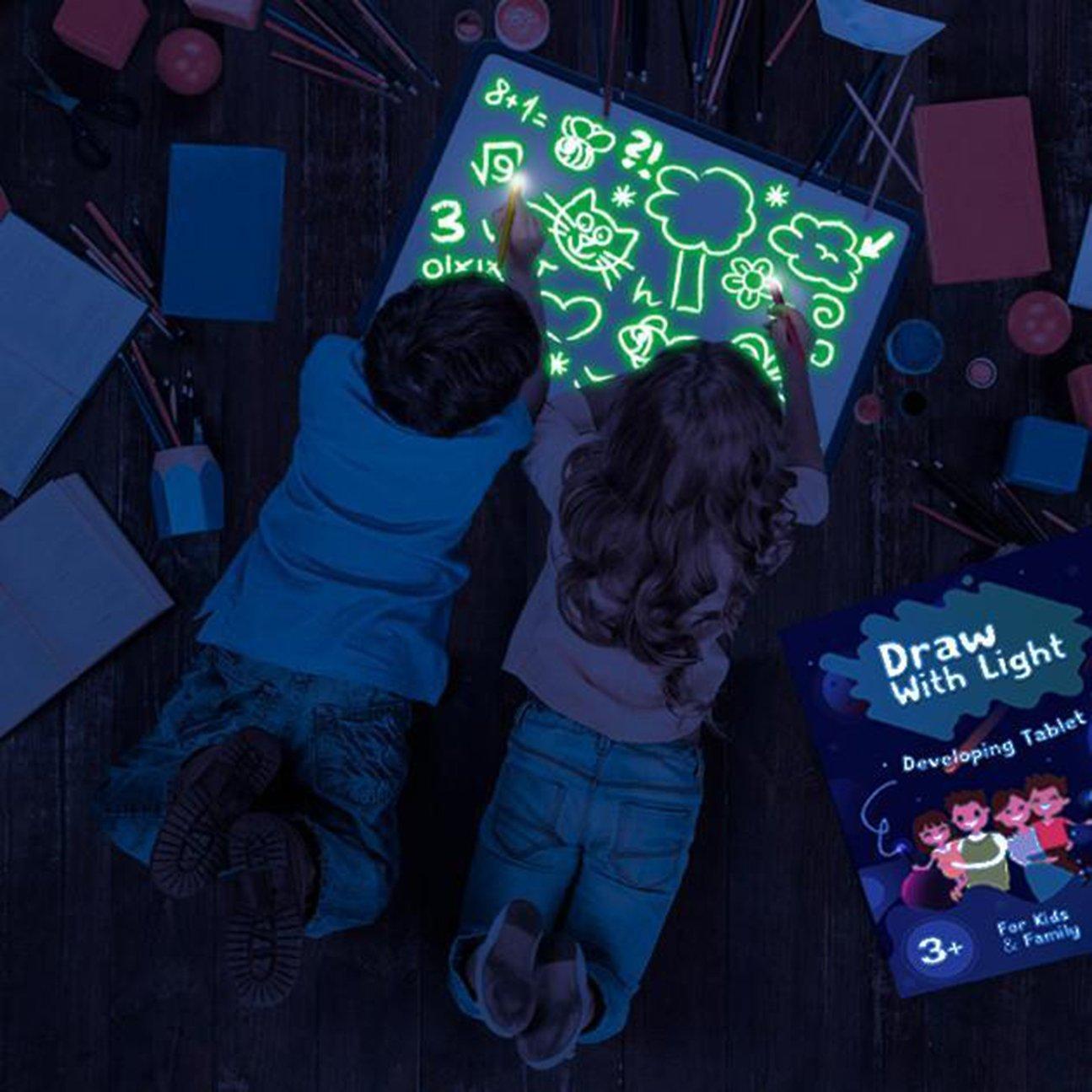 משטח ציור לילד זוהר בלילה, מומלץ להתפתחות הילד