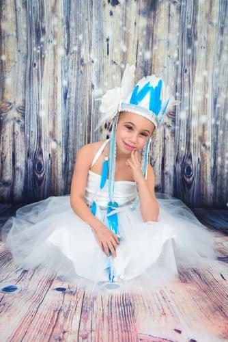 רקדנית אידיאנית נסיכותית בצבע לבן