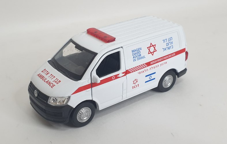 רכב מגן דוד אדום מתכת