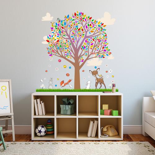 מדבקת קיר לחדר ילדים - עץ קסום | מדבקות | מדבקות קיר מעוצבות | מדבקות לחדר ילדים
