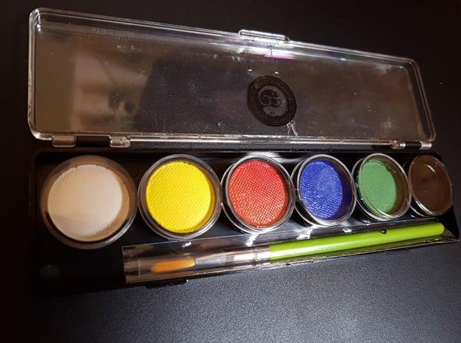 פלטה 6 צבעים 8 גרם כל צבע     Cameleon