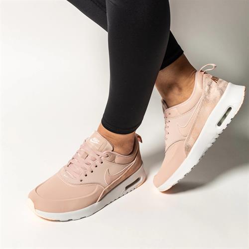 נעלי נשים אאיר מקס טאה צבע ורוד עתיק דגם 616723 206