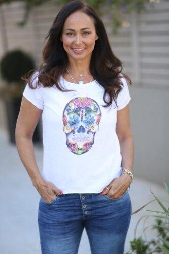 חולצת בייסיק פרינט גולגולת