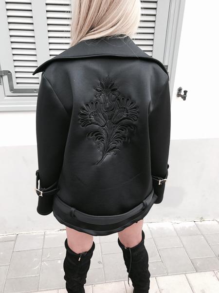 מעיל  ריקמה שחור