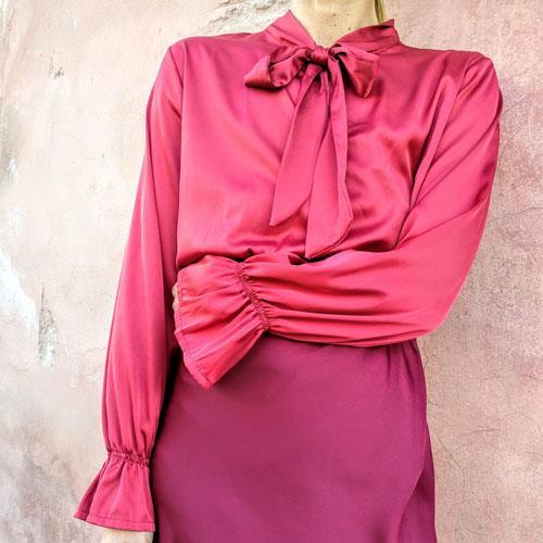 חולצת BOW אדום יין