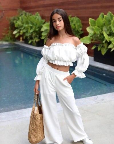 חליפת מכנס בשילוב טופ כיווצים לבנה (8-18)