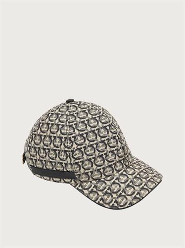 כובע Salvatore Ferragamo  לנשים
