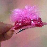 סיכת כובע ורוד פוקסיה