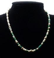 מחרוזת משולבת של פנינים, חרוזי גולדפילד וחרוזי זכוכית רומית ירוקים אותנטיים