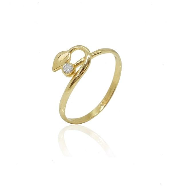 טבעת זהב עדינה עם זרקון לנערה