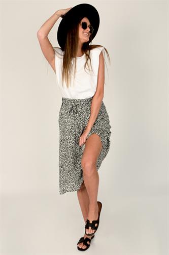 חצאית מידי כריסטינה