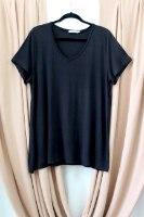 חולצת T SHIRT בילי שחור