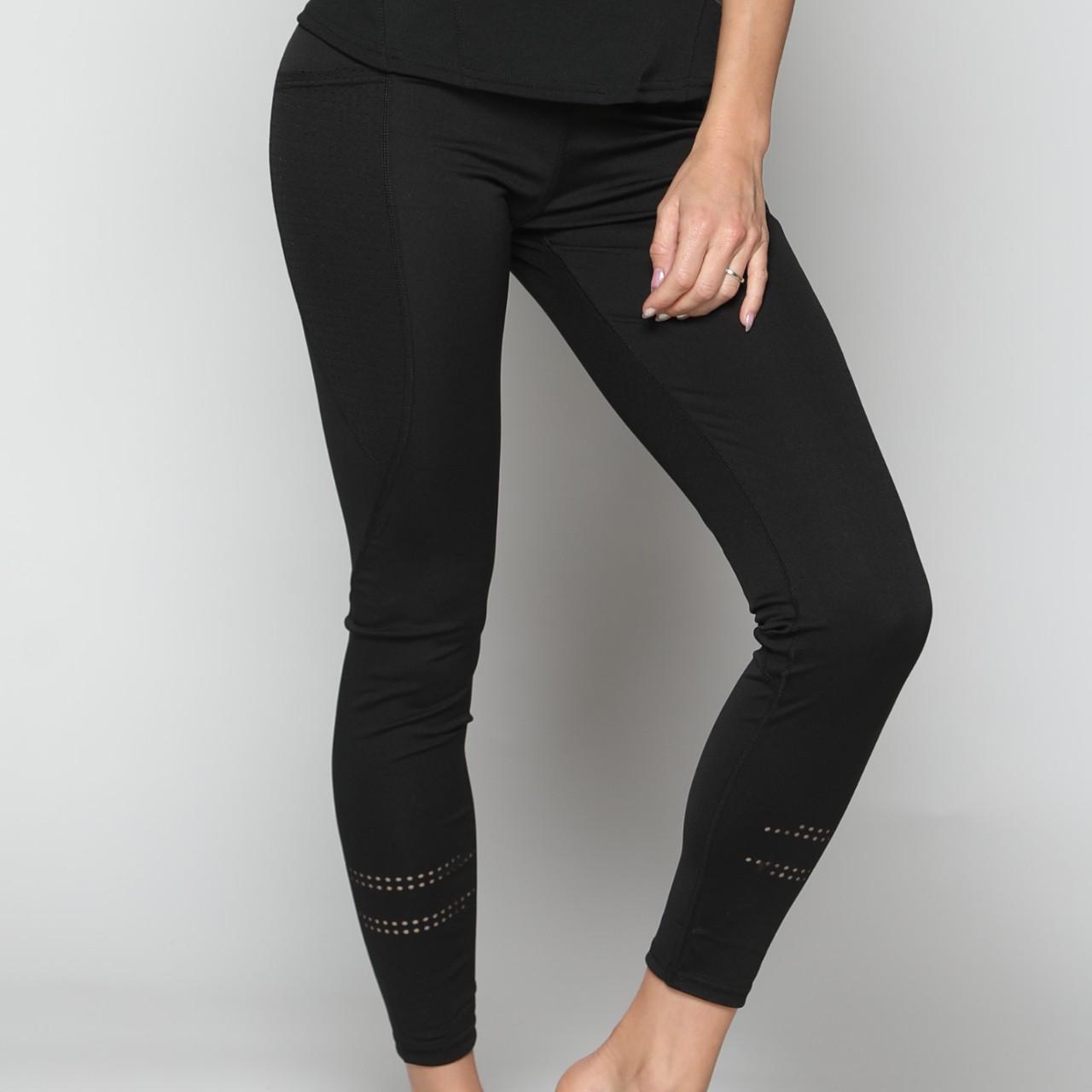 מכנס אקטיב נשים ארוך שילוב חורים רגל שחור