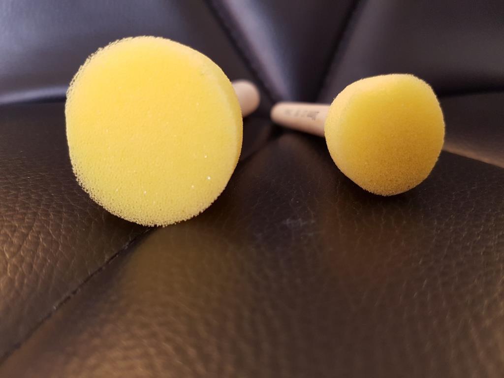 סט 2 ספוגיות על מקל בגדלים שונים  Wooden Handled Sponge Mop