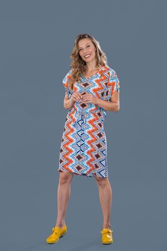 שמלת פרפר עם הדפס כתום זיגזג