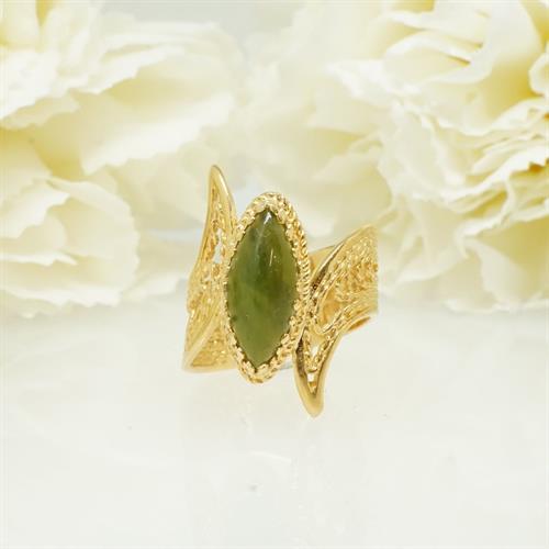 טבעת עם אבן ירוקה אגת מרקיזה