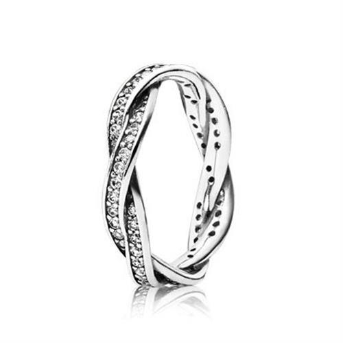 טבעת קלועה מכסף סטרלינג בשיבוץ זרקונים 190892CZ