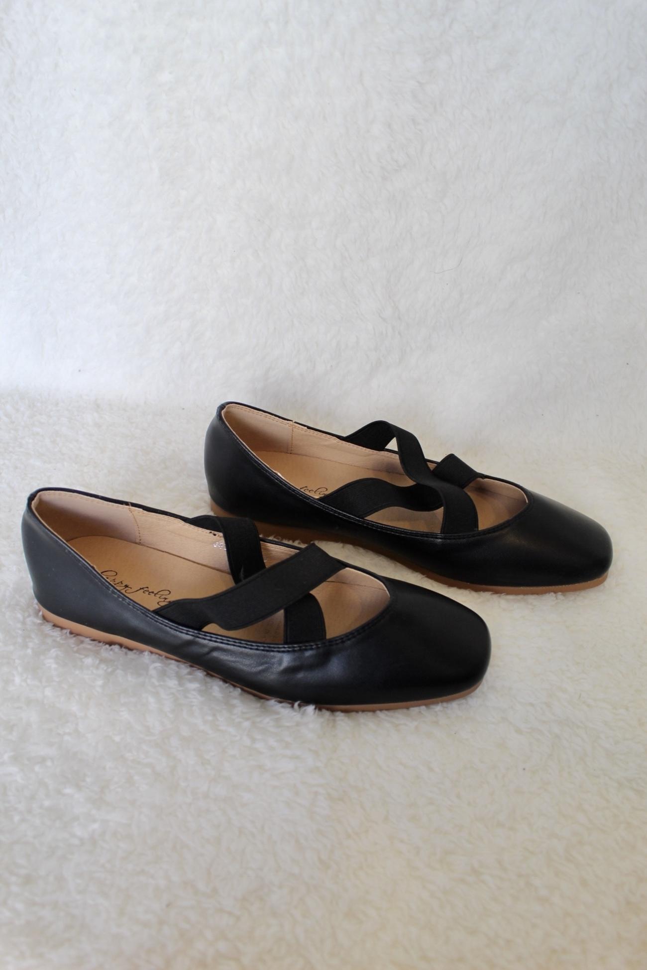 נעלי בלרינה שטוחות שחור