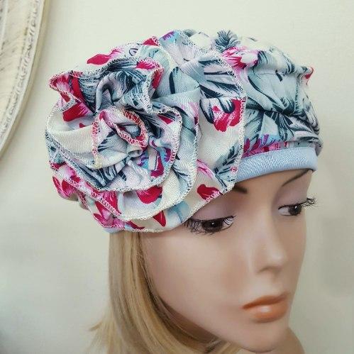 כובע כותנה מעוצב לנשים - דגם פרחוני תכלת