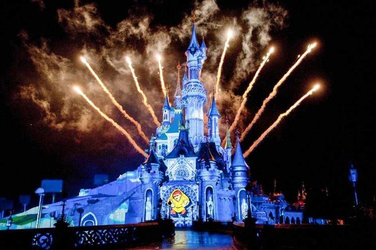 פריז - כרטיסים לפארק השעשועים יורודיסני פריז (Disneyland Paris)