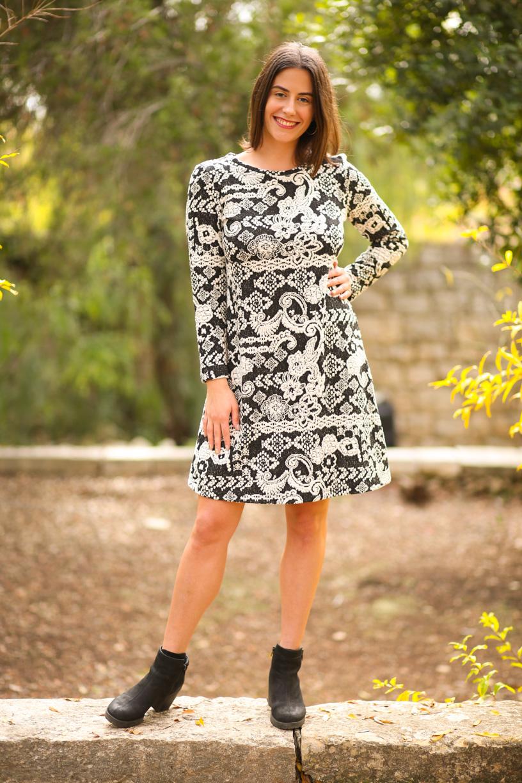 שמלת סריג שחור לבן