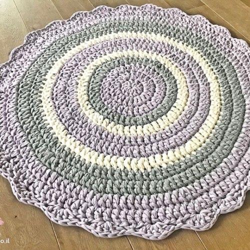 שטיחים לחדרי ילדים, שטיח לחדר של ילדה בגווני לילך בהירים ורגועים